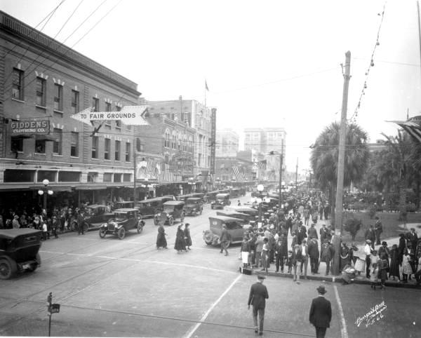 Tampa 1900